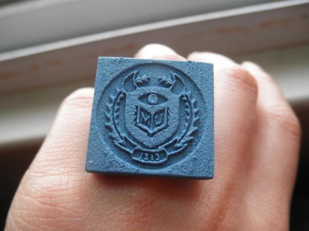 MU Class Ring